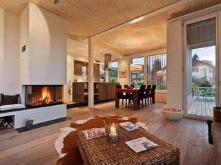 Phòng khách by Giesser Architektur + Planung