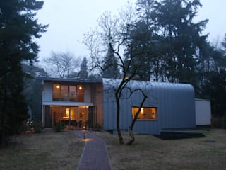 Modern houses by Thijssen Verheijden Architecture & Management Modern