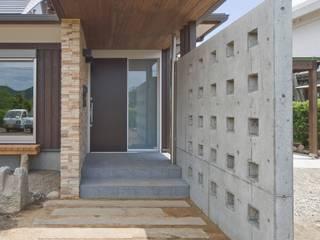 . モダンな 家 の SA設計一級建築士事務所 モダン