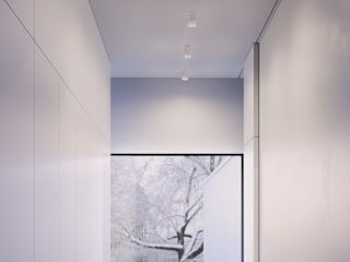 Solid Downlights in Carrara marble:  Corridor & hallway by Terence Woodgate