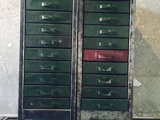 Interiror Urban Industrial ArbeitszimmerAufbewahrungen Metall Grün