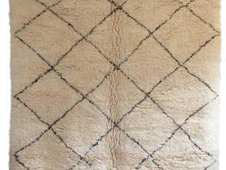 Moroccan Beni Ourain Carpet por M.Montague Souk Mediterrânico