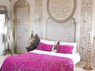 Glamorous pink Moroccan bedroom ideas: mediterranean  by M.Montague Souk, Mediterranean