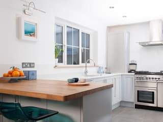 coastal art Chalkhouse Interiors Modern kitchen
