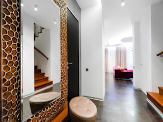 Eclectic style corridor, hallway & stairs by ODS Laboratory Architecture & Design Eclectic