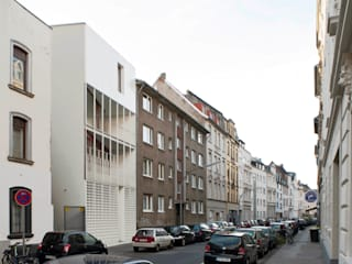 Houses by Bachmann Badie Architekten,