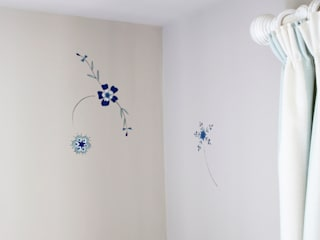 Honor's Moroccan Flower Motif Mural :   by The Creative Decorator