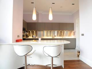 Aldgate East Modern kitchen by NSI DESIGN LTD Modern