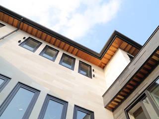 Edge House: OUA 오유에이의  주택