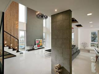 Zen House: OUA 오유에이의  거실