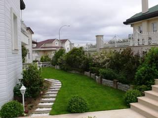Classic style gardens by Bahçevilla Peyzaj Tasarım Uygulama Classic