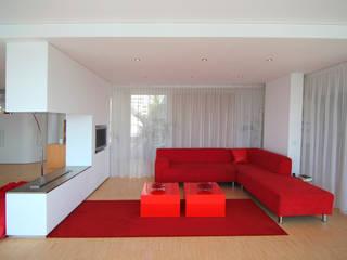 modern  oleh PAA  Pattynama Ahaus Architectuur, Modern