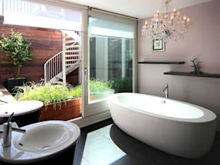 Bathroom by PAA  Pattynama Ahaus Architectuur,