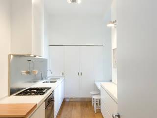 Appartamento Via Sassi - Milano Cucina in stile classico di PADI Costruzioni srl Classico