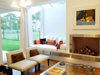 Estudio de Arquitectura Clariá & Clariá Ruang Keluarga Modern