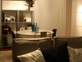Salón estado definitivo: Salones de estilo moderno de Lidera domÉstica