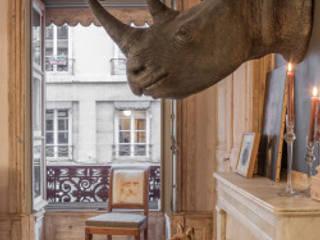 Vue du Salon  de cet appartement Lyonnais . : Salle à manger de style de style eclectique par hpm atelier