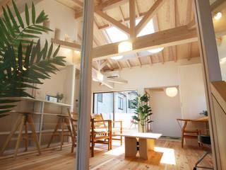 Salas de estilo  por 遠藤浩建築設計事務所 H,ENDOH  ARCHTECT  &  ASSOCIATES, Escandinavo
