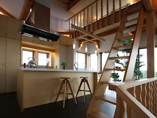 Modern style kitchen by 遠藤浩建築設計事務所 H,ENDOH ARCHTECT & ASSOCIATES Modern