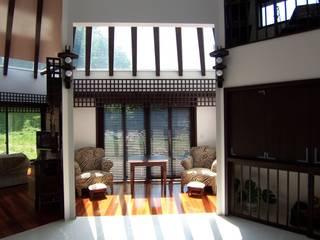 逗子の別荘 和風デザインの 多目的室 の 原田正史建築設計事務所 和風