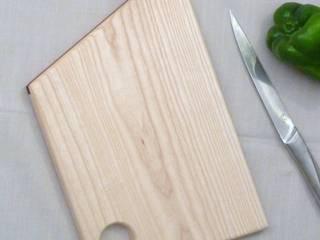 Planche à découper en frêne massif:  de style  par Melcréationsbois