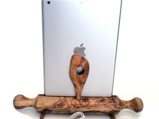 Dockingstation Ladestation Nudelholz, Teigrolle für ein Apple iPad Air von Holz und Licht Ausgefallen