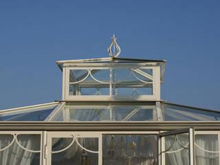 GIARDINO DEL RE: Giardino d'inverno in stile in stile Coloniale di Cagis