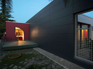 Modern Houses by MADIS COSTRUZIONI SRL Modern