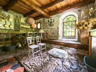 Mondomathis Maison Brocante Cantina eclettica di PaoloNet di Paolo Brignone Eclettico