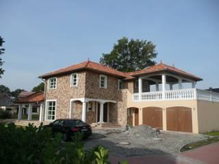 Felsenhaus: mediterrane Häuser von Architekturbüro Heuer