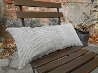 KISSEN, lang.:   von Katharina Jebsen Conceptual Textile Design