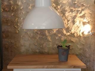 Table basse en bois et métal : style industriel ou scandinave ... par Du Côté de l'Atelier Scandinave