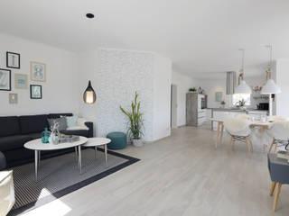 现代客厅設計點子、靈感 & 圖片 根據 Danhaus GmbH 現代風