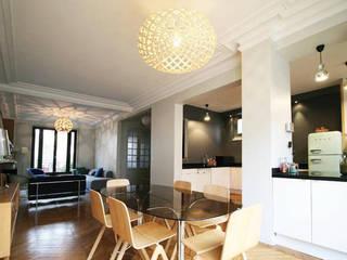 RM.92 Salle à manger moderne par Doudet Marie Moderne