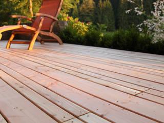 Kahrs GmbH Classic style balcony, veranda & terrace