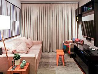 AP FT: Salas de estar  por KFOURI ZAHARENKO arquitetura e design,Moderno