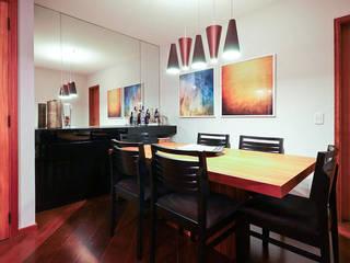 Comedores modernos de KFOURI ZAHARENKO arquitetura e design Moderno