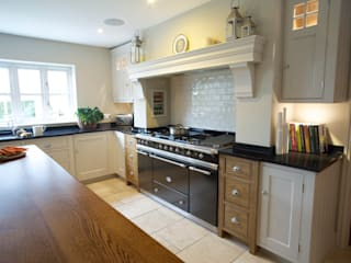 Chadwick House | Grey Painted Contemporary Country Kitchen Humphrey Munson Country style kitchen