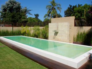 Moderne Pools von Piscinas Scualo Modern