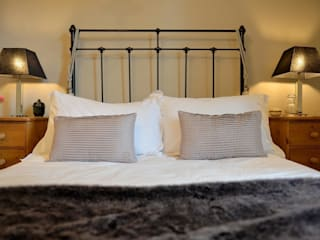 Boutique Guest Bedroom Natalie Davies Interior Design Modern style bedroom