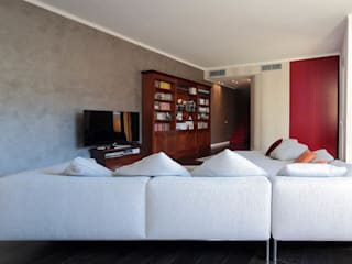 Modern living room by ristrutturami Modern