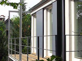 Modern Terrace by Matthias Bruder, Architekt Modern