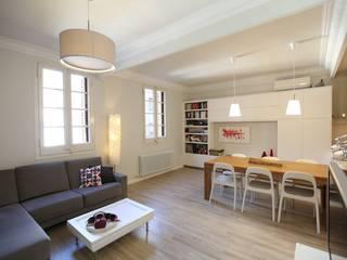 Casa modernista en Barrio de Sant Andreu (BCN) Comedores de estilo moderno de GPA Gestión de Proyectos Arquitectónicos ]gpa[® Moderno