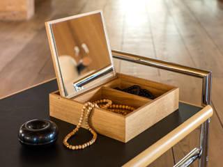 Rangement pour salle de bains par Salle de Bains Déco.com Moderne