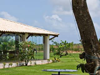 CASA NA FAZENDA - RIO GRANDE DO NORTE: Terraços  por Renato Teles Arquitetura