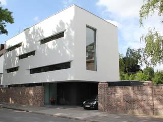 Rumah Modern Oleh von houwald_architekten dwb Modern