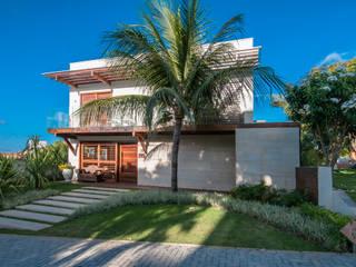 RESIDENCIA EM CONDOMINIO, NATAL RN: Casas  por Renato Teles Arquitetura