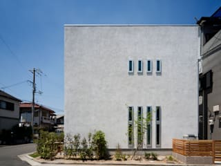 Ausgefallene Häuser von 木の家プロデュース 明月社 Ausgefallen