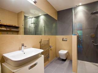 Moderne badkamers van tomasz czajkowski pracownia Modern