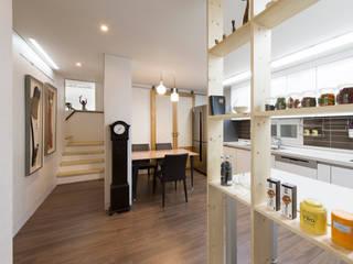 가회동 리모델링 프로젝트: 비에스디자인건축사사무소의  거실